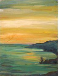 Желтый закат на море